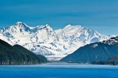 Alaskan Scene shutterstock_155947112
